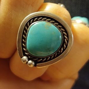 Vintage Navajo Silver Turquoise Ring size 6?
